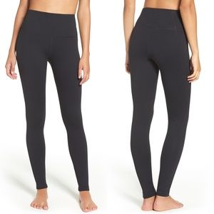 Zella live in high rise black leggings